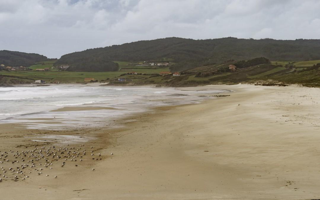 Lires Beach