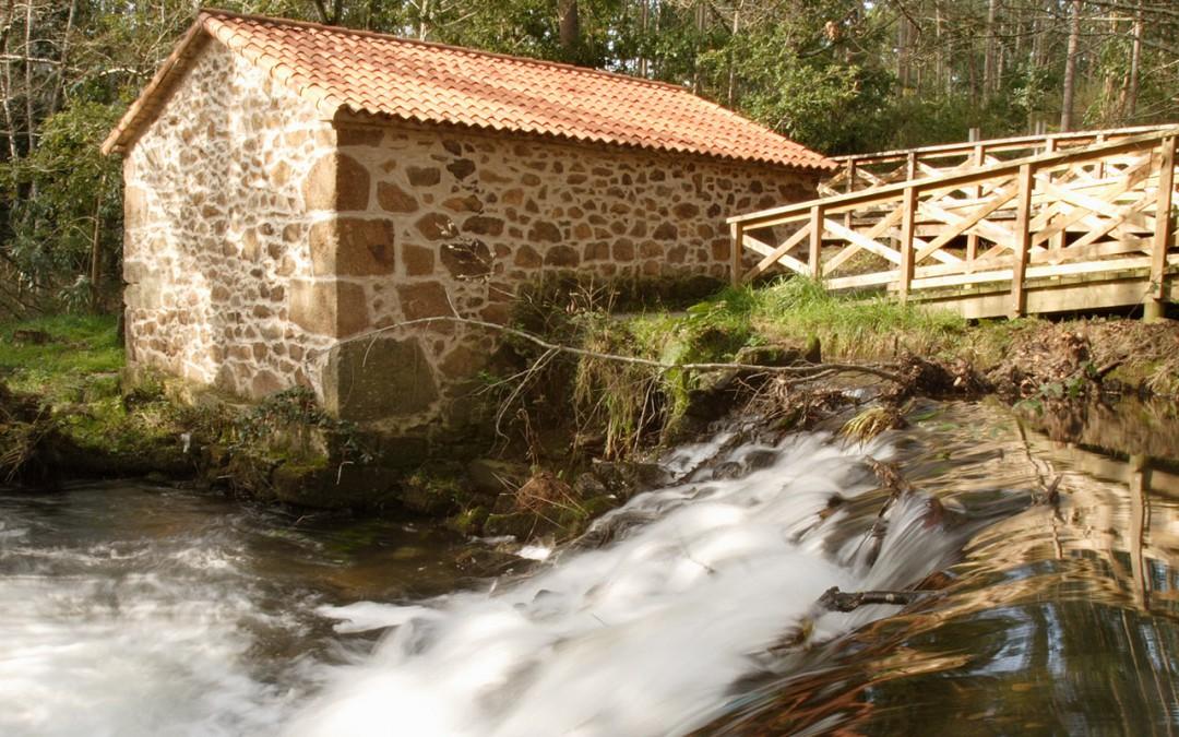 Paseo fluvial do río Anllóns