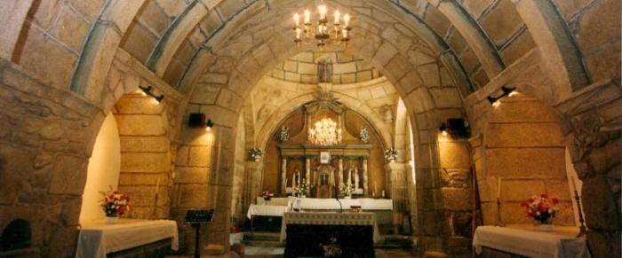 Campo e Capela de Nosa Señora do Carme de Briño