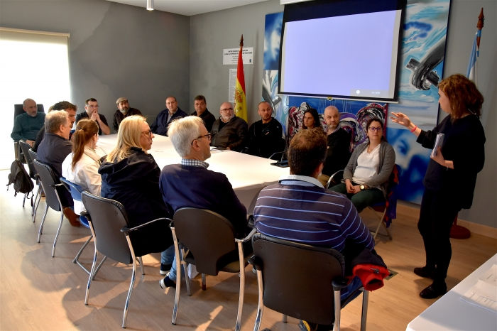 CMAT celebrated yesterday a meeting at the City council of Fisterra with distinct companies of plunge and sea tourism.