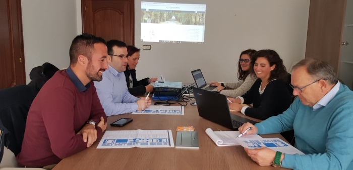 La CMAT se reún en A Laracha para la revisión del Plan de Acción de Turismo de Costa da Morte.
