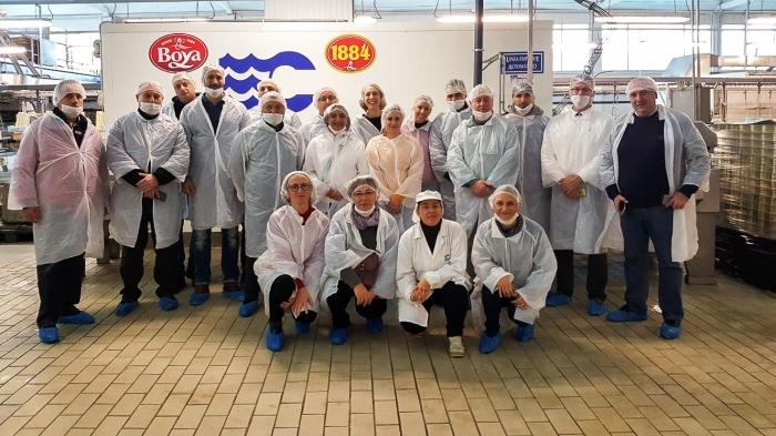 Un grupo de representantes institucionais e do sector pesqueiro do FLAG Istarska Batana visitaron Camariñas para coñecer os proxectos promovidos polo concello.